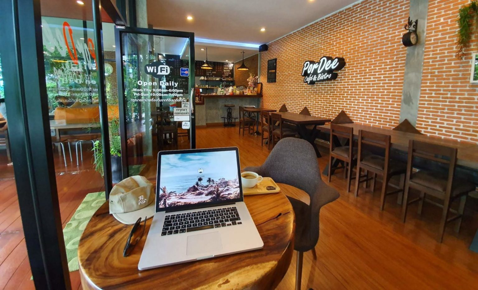 chiang mai coffee place work