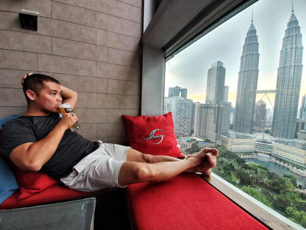 malaysia visa run skybar