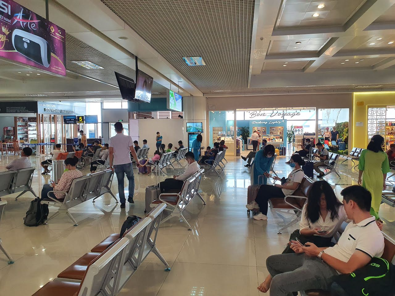 hanoi airport during corona